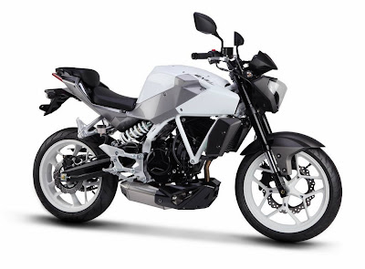 DSK-Hyosung-launch-commuter-bikes-and-scooters-in-India