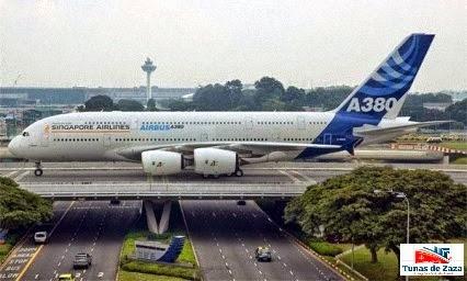 Algunas aerolineas bautizan a sus aviones