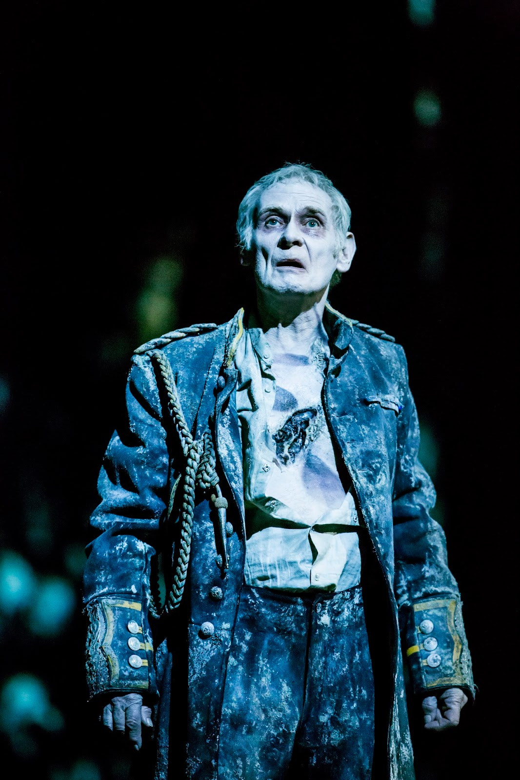 West End Frame: New production images released for Hamlet starring ...