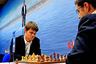 Echecs à Wijk-aan-Zee : Magnus Carlsen (NOR 2835) 1-0 Levon Aronian (ARM 2805) © site officiel