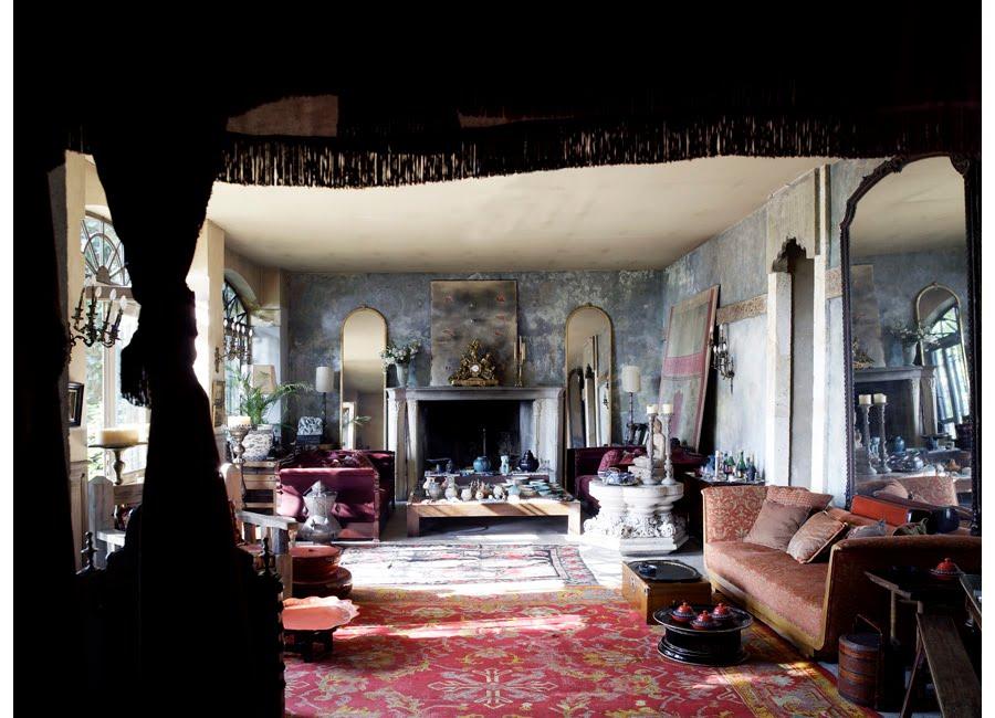 Необычные интерьеры гостиных