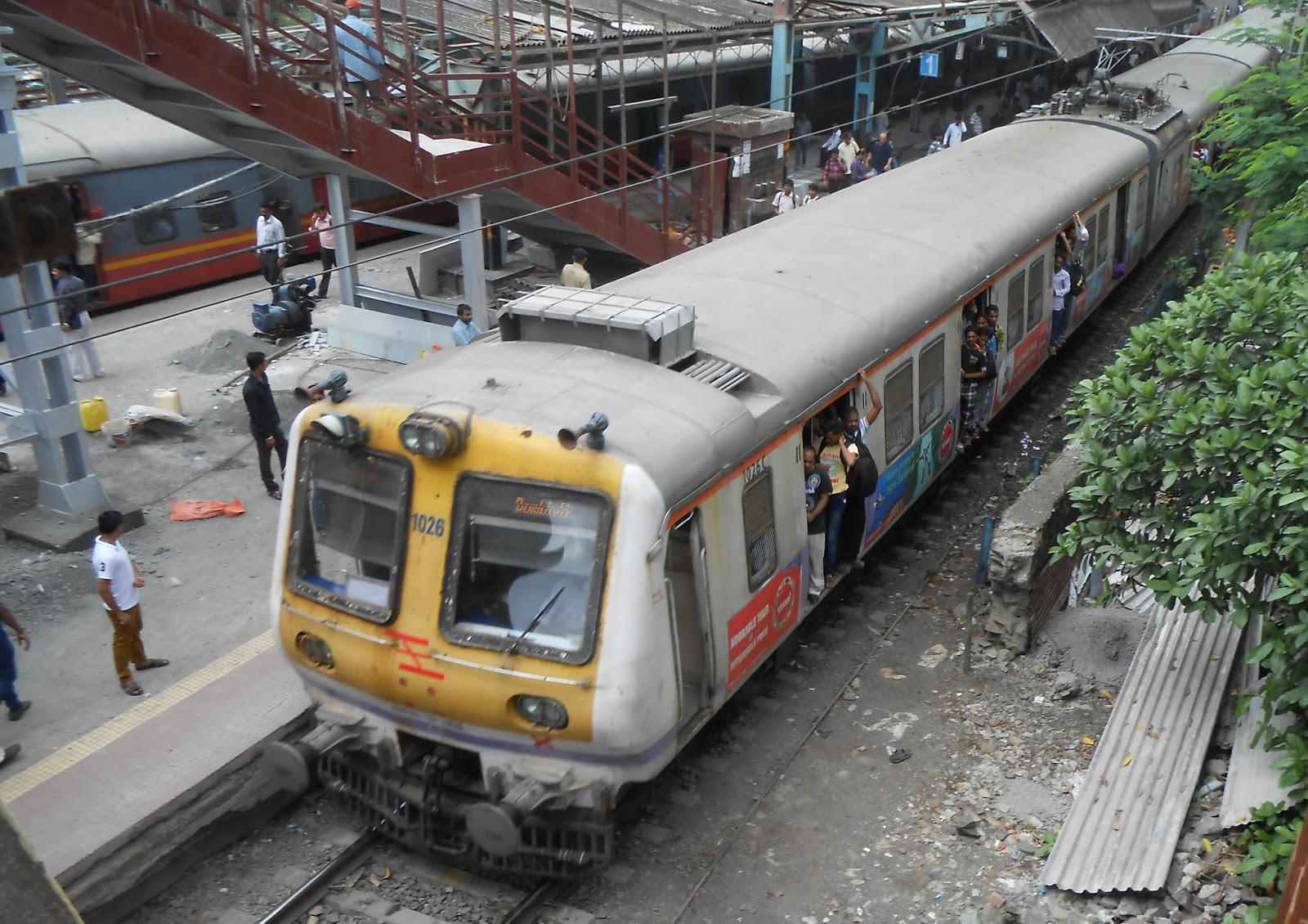 India S Transportation Cr Emu S At Vidya Vihar Station