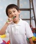Cara Mudah Menghilangkan Plak atau Karang Gigi
