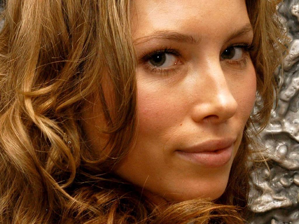 http://4.bp.blogspot.com/-zOL-gIGmiVk/UAI748gtIDI/AAAAAAAAb4Y/VzzsQVMGx58/s1600/Jessica-Biel-4.jpg