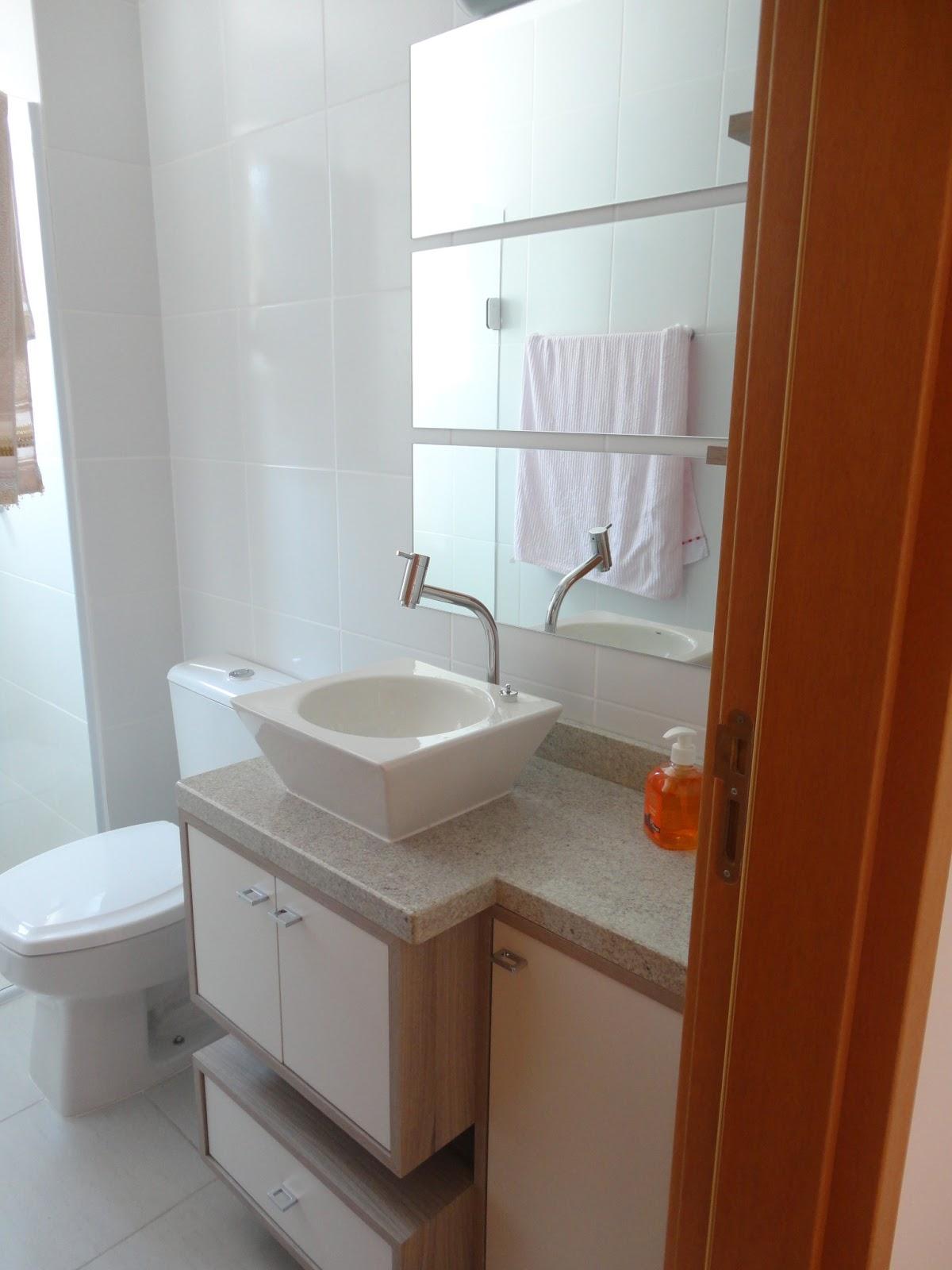 Chá de Casa Nova: Banheiro pequeno #672C10 1200 1600