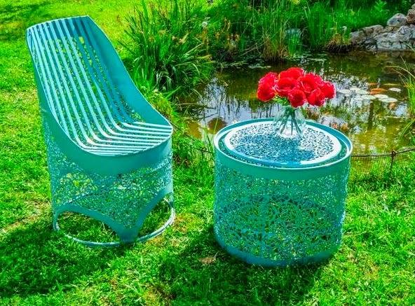 Muebles con Cillindros de Metal Reciclados