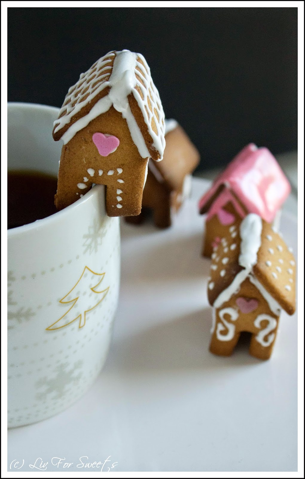 Mini Lebkuchentassenhaus, Teetasse, Lebkuchenhaus, Rezept, Thermomix, Weihnachten, Kaffeetasse