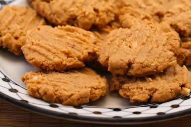 ... Sugar Habit: Fifteen Delicious Low-Sugar or Sugar-Free Cookies to Bake