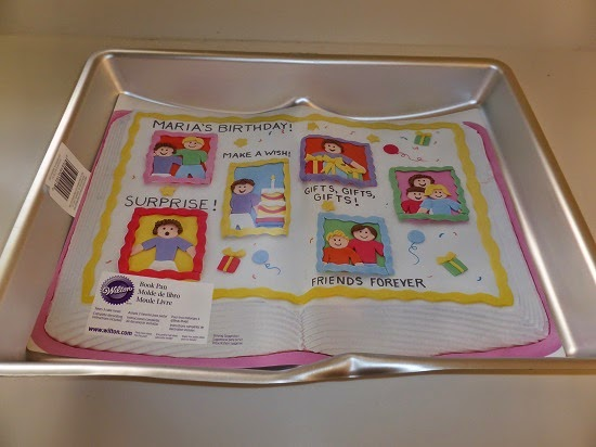 review & giveaway: book-shaped cake pan