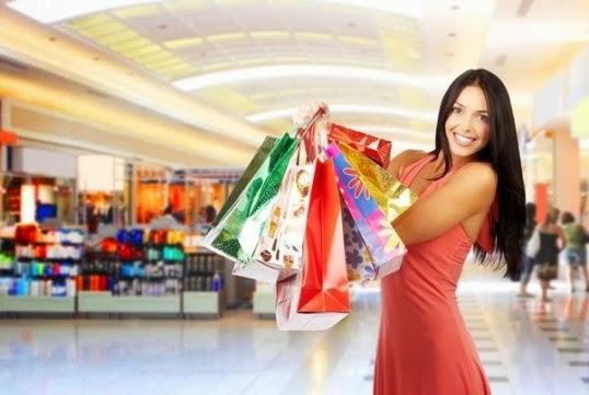 Обновите гардероб для нового образа: новинки для мужчин и женщин скидки 70% на весенние и летние вещи и аксессуары