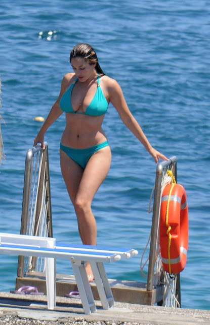 Kelly Brook - Blue Bikini in Italy