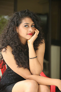 Nitya glamorous Pictures 019.jpg