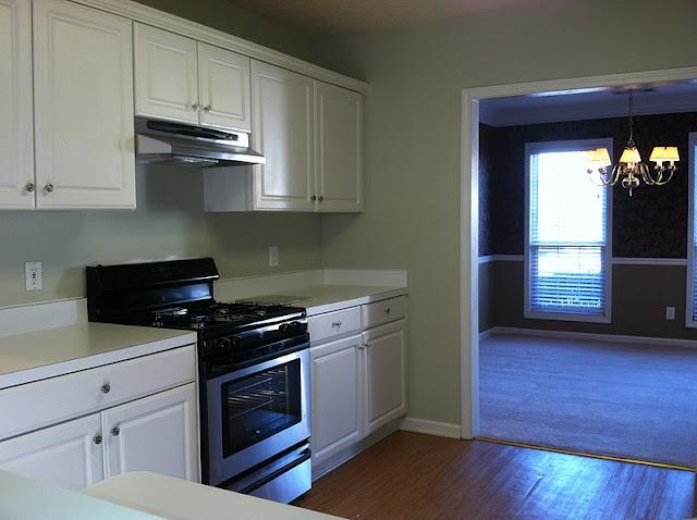 Favorite paint colors bay sands for Valspar kitchen and bath paint