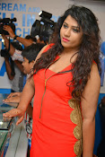 Jyothy sizzling at MOM launch event-thumbnail-13