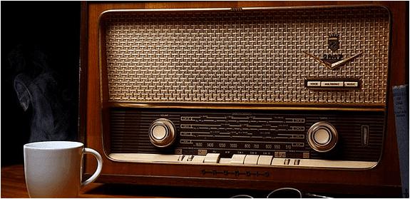 eski antika radyolar
