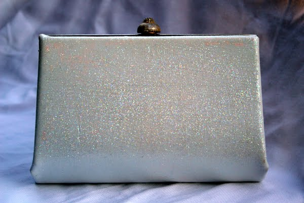 Sponsored Post: My J. Crew Inspired DIY Glitter Clutch And Giveaway