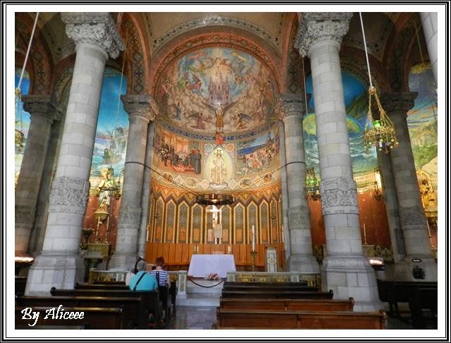 interior-biserica-barcelona