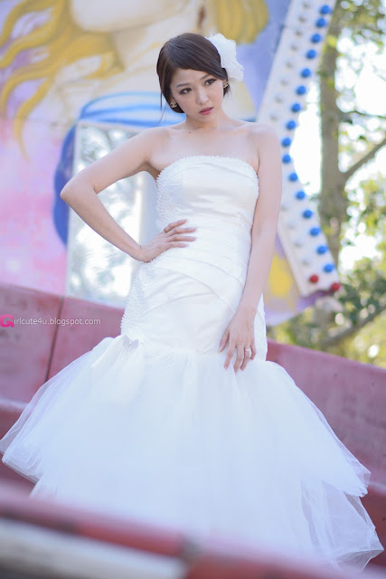 2 Lee Eun Hye in Wedding Dress - very cute asian girl - girlcute4u.blogspot.com