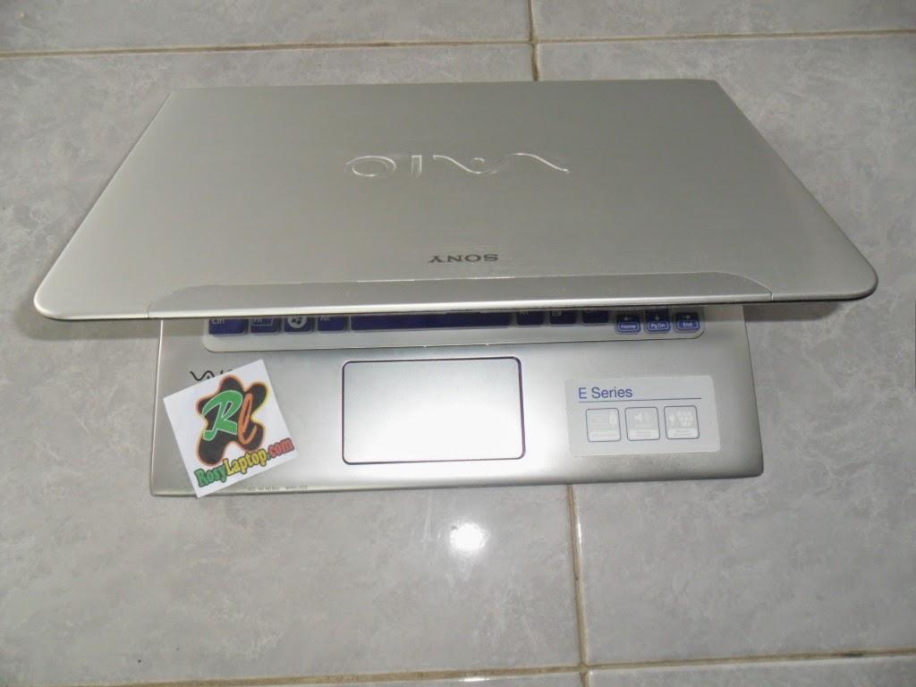 Sony Vaio E Series / SVE14AA1W Core i5