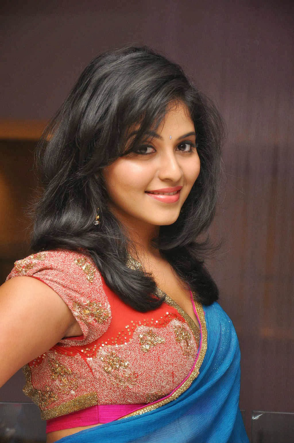 regional actress anjali at audio launch event
