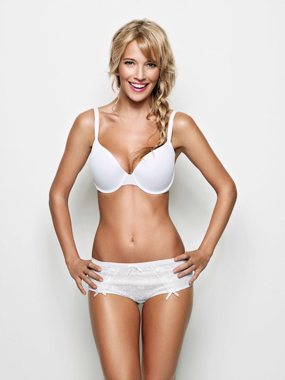 http://4.bp.blogspot.com/-zR2iZhrlNZo/TwFK063m9oI/AAAAAAAAI4o/0-5d00Xg3H8/s1600/bikini+trend_18.jpg
