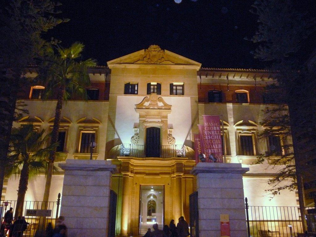 fachada_museo_arqueo