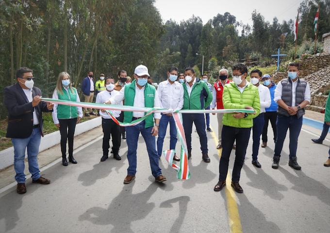 Gobernador de Boyacá inauguró pavimentación de la vía Sogamoso - Morcá
