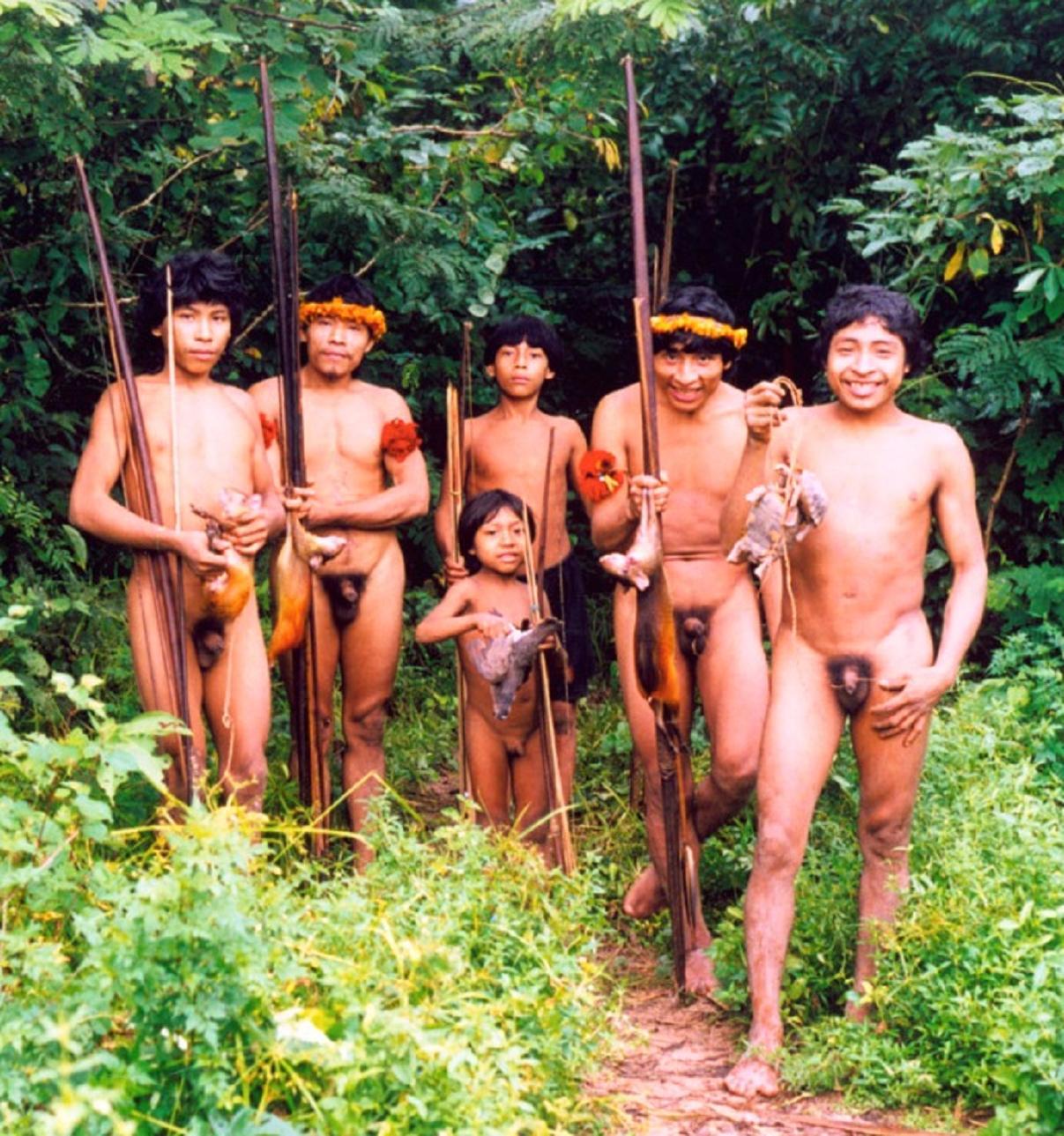 Совсем голые дикие племена 16 фотография