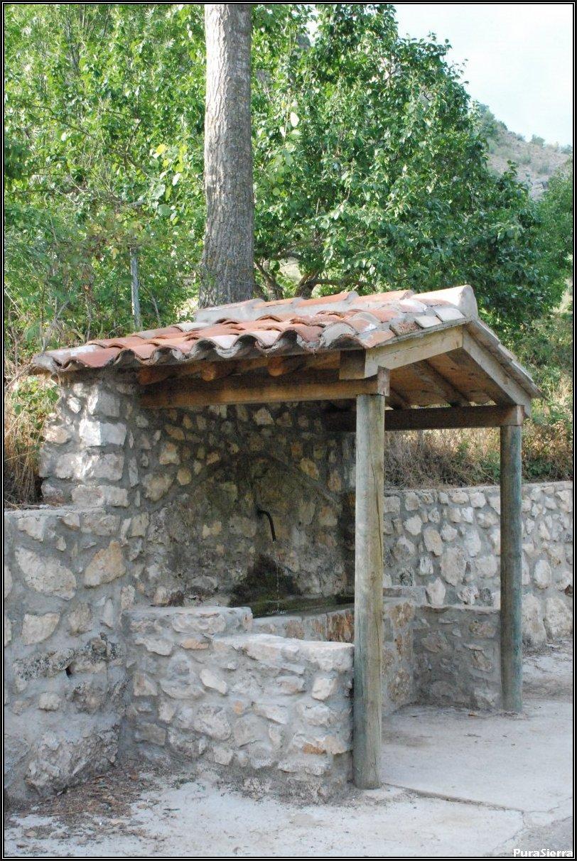 Fuente Del Tío Portero (Tragacete)