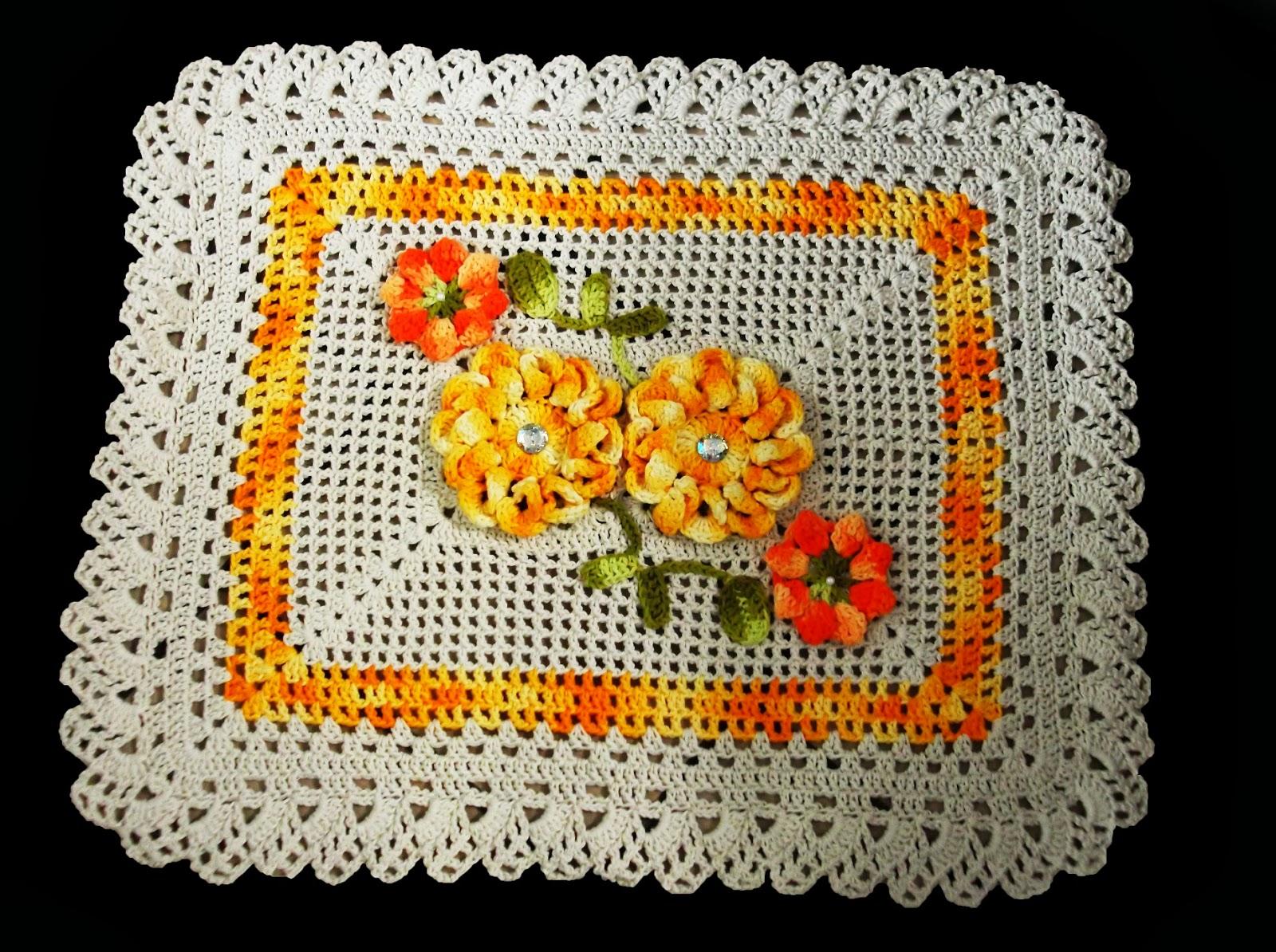 Bijulinhas: Jogo de Tapete de Banheiro com Flores Amarelas #C93502 1600x1194 Banheiro Amarelo Decorado
