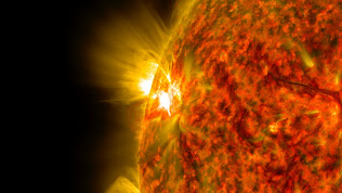 SOLAR FLARE  IMAGE FROM NOV. 5, 2014