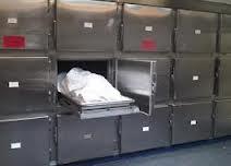 اغرب حالات الوفاة في العالم  - ثلاجة حفظ الموتى  المشرحة