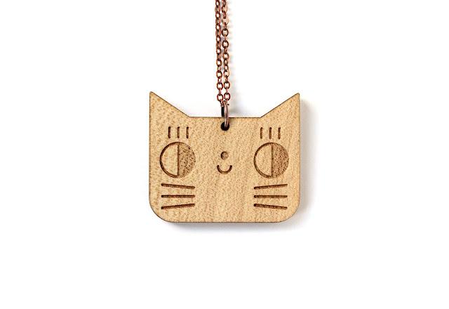 Le collier Chat, à gagner à la tombola (ou à commander dans l'e-shop) !