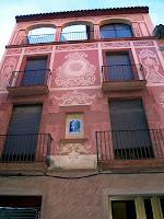 Façana amb esgrafiats al carrer Nou de Martorell