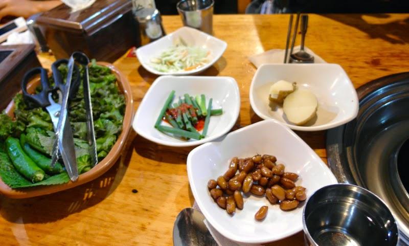 ewha university summer studies seoul korea travel lunarrive blog singapore sinchon samgyupsal dinner