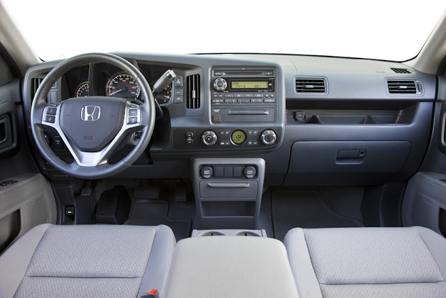 The 2012 Honda Ridgeline interior