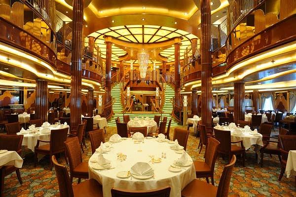 interior bedroom and dining room queen elizabeth ship ...