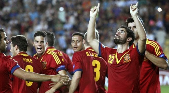 SPAIN FOOTBALL TEAM YOUNGSTERS