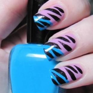 Saranje-noktiju-Animal-print-na-noktima
