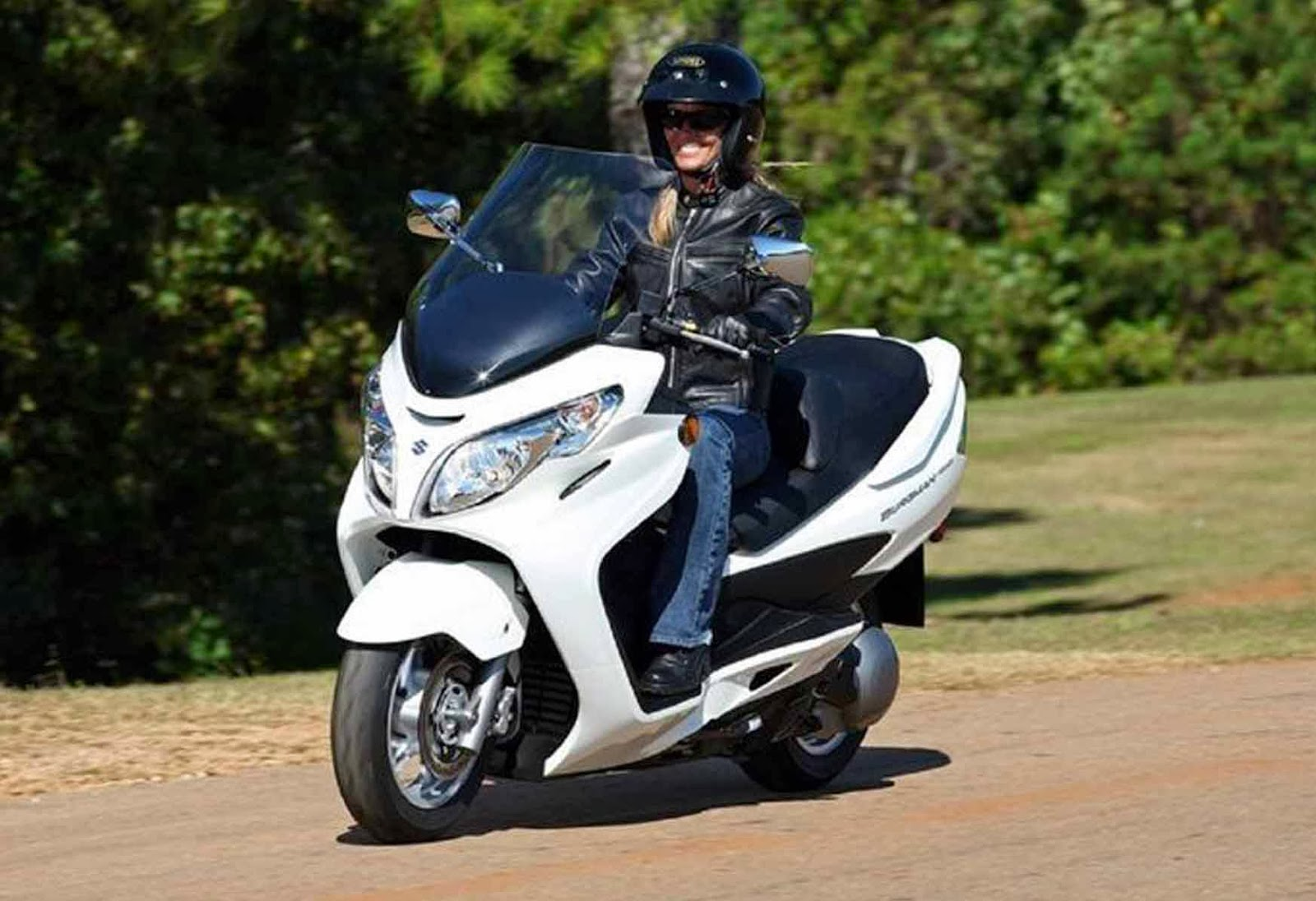 10 best motorcycles for women we obsessively cover the auto industry. Black Bedroom Furniture Sets. Home Design Ideas