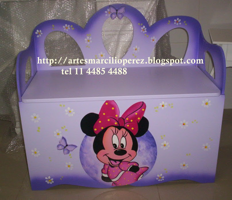 Bau banco Minnie R$ 270,00