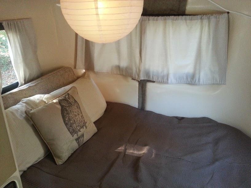 Uhaul fiberglass CT-13 Camper bed