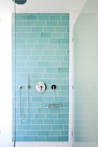 Brilliant 40 Blue Glass Bathroom Tile Ideas And Pictures