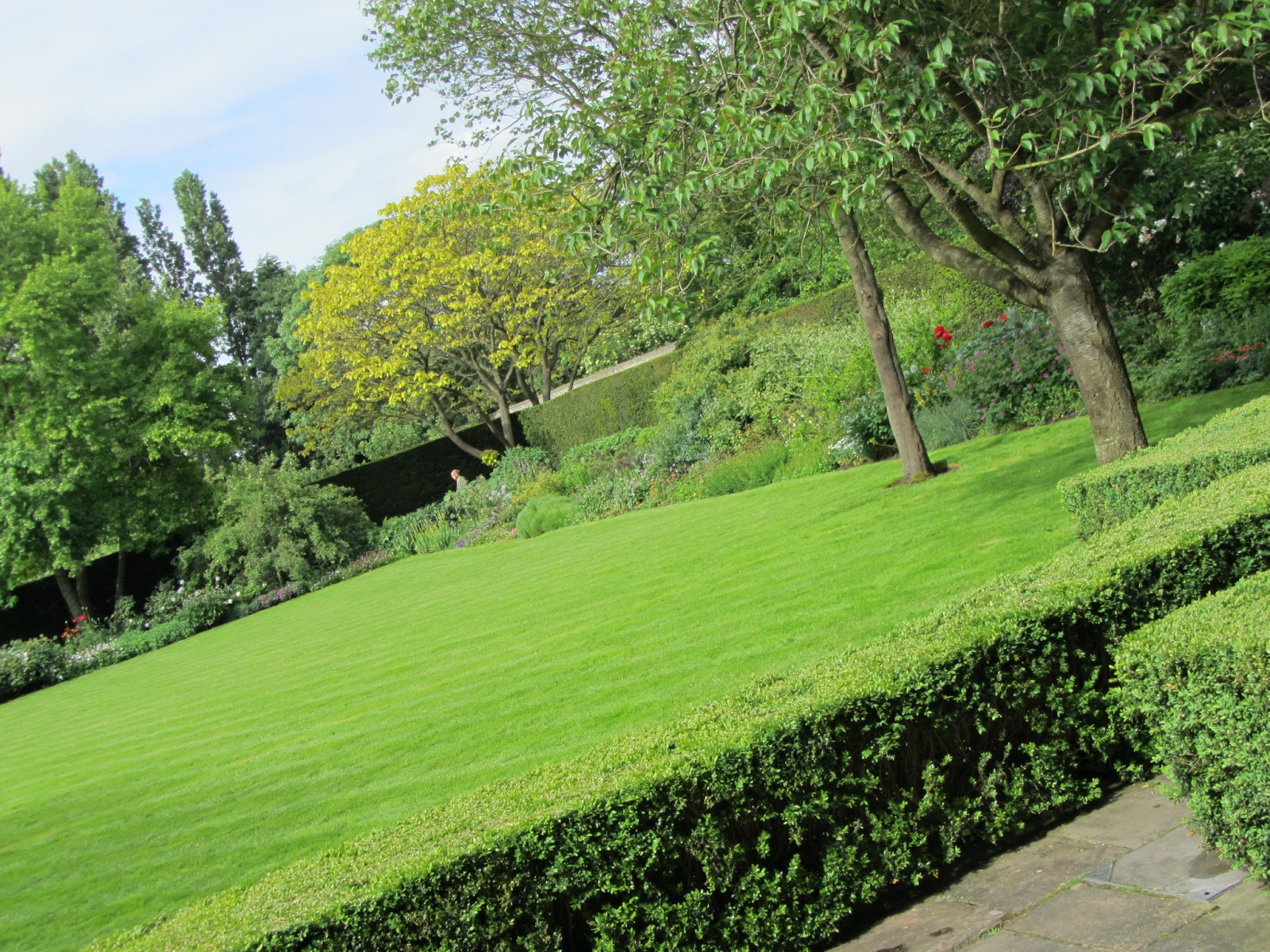 Unmissable garden at ormeley lodge