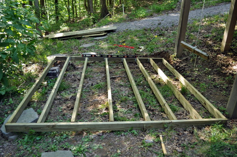 How to build a small deck cleverly inspired for Small floating deck