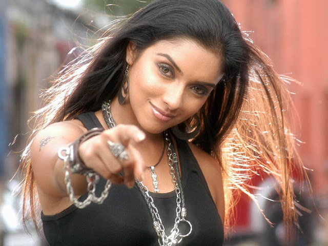 Asin Hot and sexy wallpapers 1280*960 high definition images