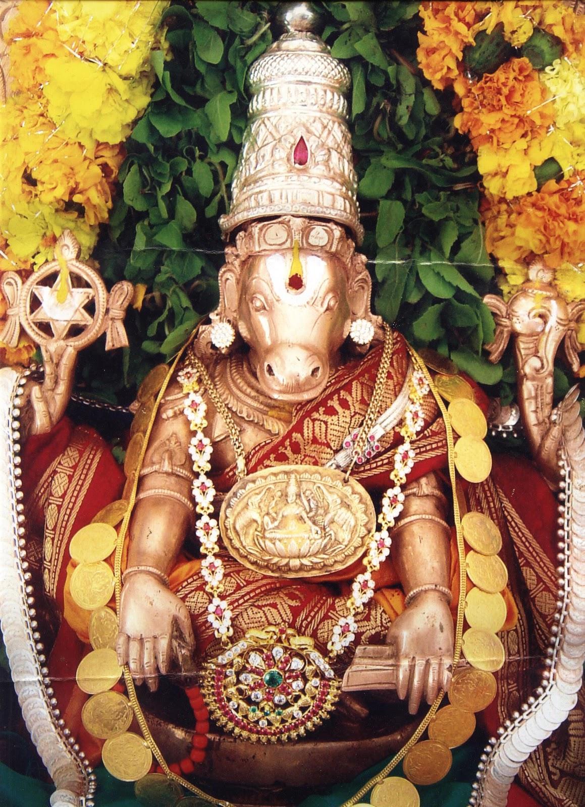 http://4.bp.blogspot.com/-zU6s1EMtkEg/TgGBOh6ePcI/AAAAAAAAELg/KlLZ7NjfIhQ/s1600/hindu-lord-hayagriva-picture.jpg