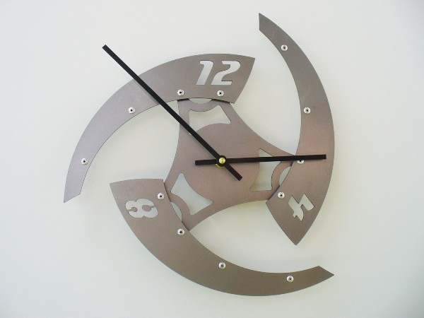 40+ Creative Beautiful and Modern Wall Clocks