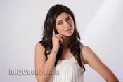 Tanvi Vyas Studio Photo Shoot Gallery-thumbnail-14