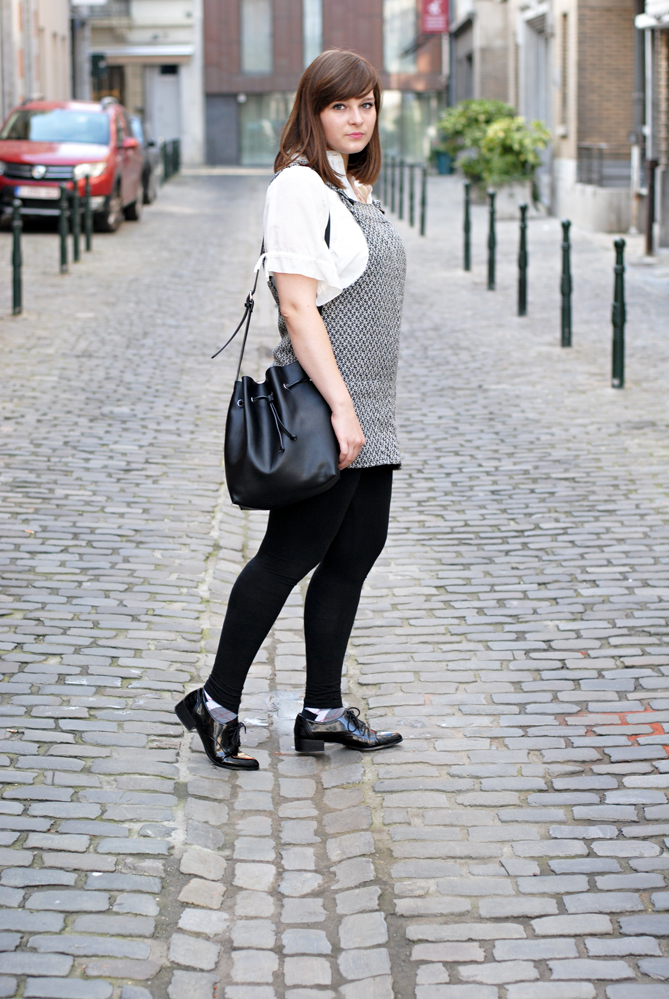 Pinafore Dress black white outfit combination